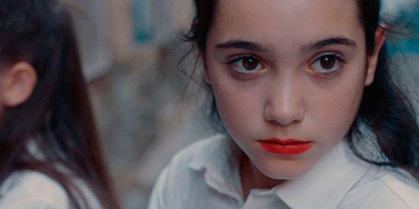 """""""La postproducción de 'Las niñas' esconde complejidad, pero la película respira frescura"""""""